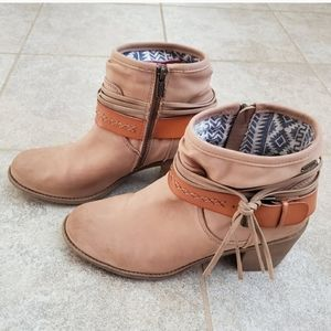 Roxy tassel booties